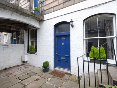 Central Edinburgh- The Writers Pad- drawing on the towns literary heritage
