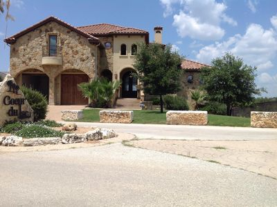 Welcome to villa Bella on lake travis