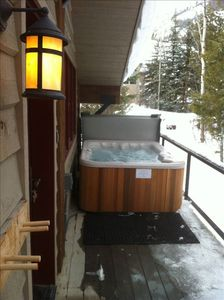New hot tub on private deck