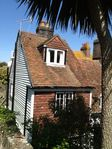 Idyllic Character Cottage In Hidden Away Twitten In Hastings Old Town