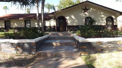 A Rustic Texas Country Theme Very Family Friendly Home With Plenty Of Sleeping A