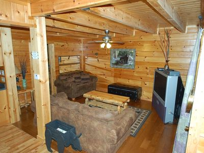 Gatlinburg cabin rental - Living Room on Main Level