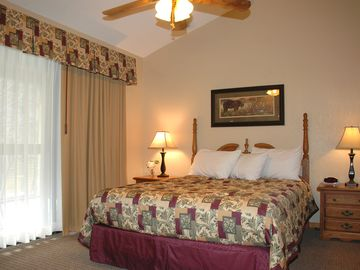 Gatlinburg CONDO Rental Picture