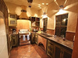 San Miguel de Allende villa photo - The ridicously gorgeous kitchen!