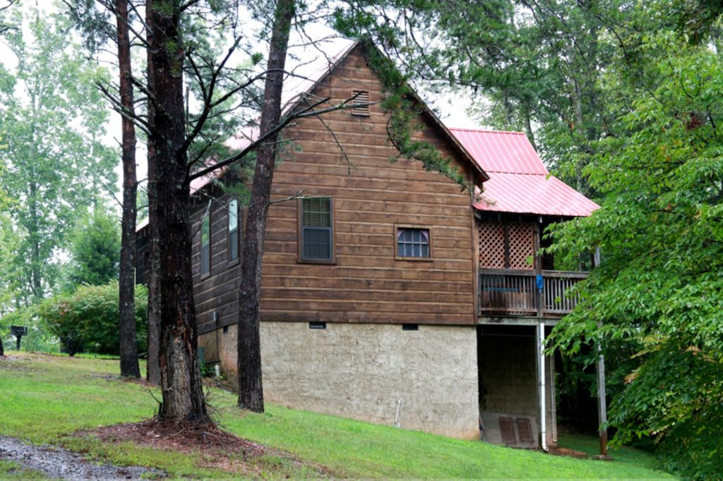 No Fire Here Pigeon Forge is Fine 6 bedroom cabins NO MOUNTAIN