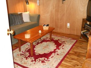Green Lake cabin photo - Small TV room on ground floor
