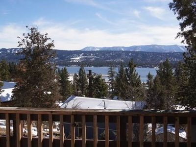 The Cabin, Great Location with Lake Views ~ RA45427