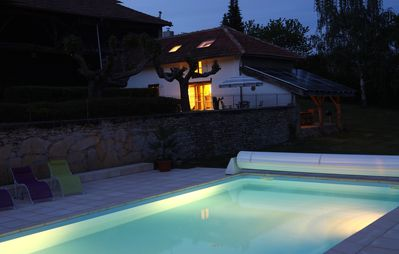 Character Cottage Magnificent Views Of The Pyrenees, 10x5m Pool, Self Catering