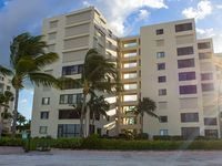 Sandarac 610A - Weekly - Gorgeous Views - 6th Floor - Directly on Beach - Free Wifi - Great Kitchen!