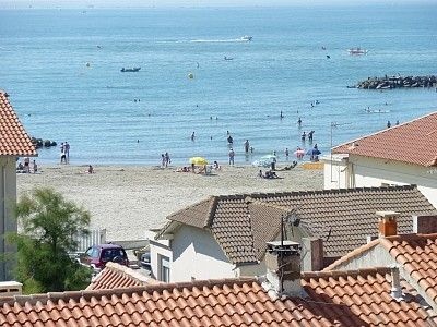 BEAUTIFUL SEA and PRIVATE PARKING FOR STUDIO THAT AWAITS A CARNON
