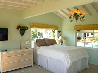 Beverly Hills cottage photo - Flat screen swing-out TV for viewing in bed and 6-drawer dresser