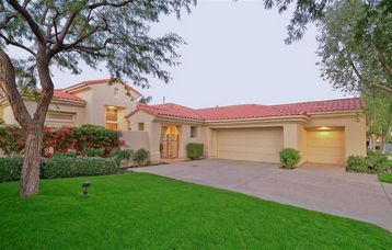 La Quinta house rental - Front of home. Nice large driveway. 2.5 car garage/doors face away from street