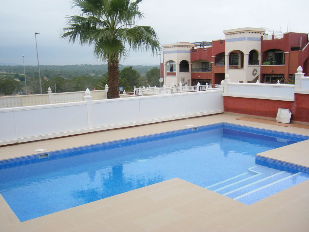 Los Altos, Private Pool,  2 bed apartment close to bars, restaurants and shops