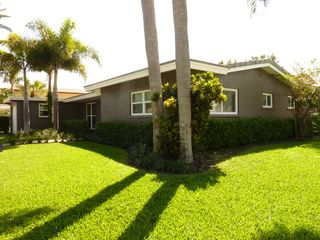 Boca Raton villa photo - Full Front View