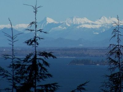 Zoomed view of Cascade Mountains from the Delongview House on Orcas Island,Wa