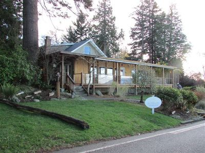 Lummi Island bungalow rental - The Willows Inn