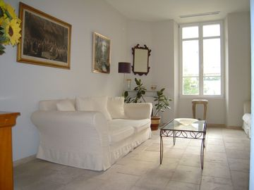 Centre-ville - Croisette apartment rental - Living room - two comfortable sofas