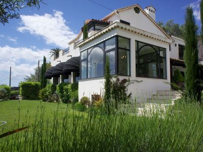 Villa with sea view and swimming pool in 7 min driving from sandy beaches