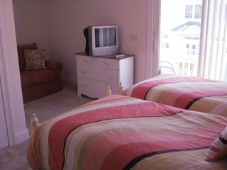 Seaside Heights condo photo - twin bedroom, private bath, sttng area and tv