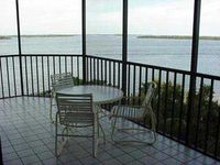 Private Beach, Beautiful Sunsets, Seclusion in Sanibel Harbour