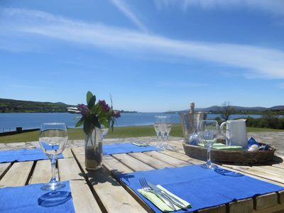Dunmanus Bay house rental - Dining on the terrace