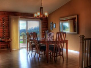 Newberg house photo - Dining Room with Beautiful Views... Bella Vista