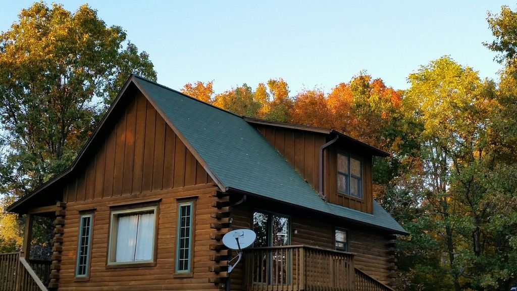 Fully Equipped Oak Log Home On Secluded Vrbo