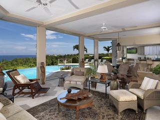 Montego Bay villa photo - Relax in an indoors/outdoors setting by the pool