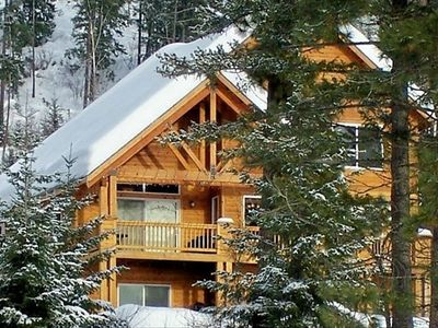 Cabin in Winter, for rent by owner, snowmobiles allowed, x-country, downhill ski