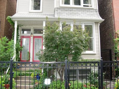 Chicago house rental - Welcome to the Red Door Inn