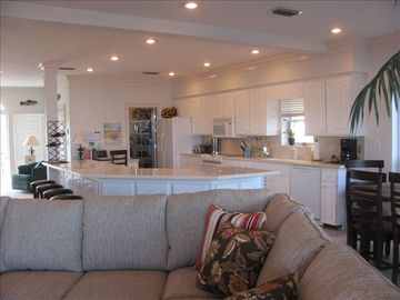 St George Island house rental - Huge kitchen for lots of chefs.
