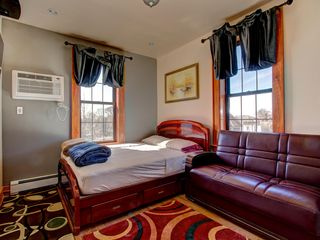 Queens APARTMENT Rental Picture