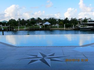 Grand Bahama Island villa photo - Infinity Pool