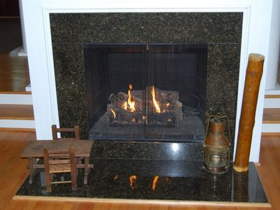 Gas Fireplace with remote warms the Living Area on colder days and nights!