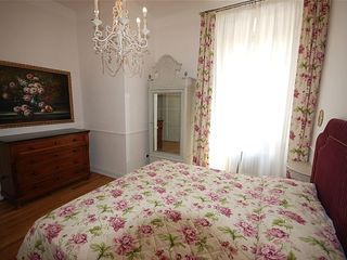 Pistoia apartment photo - One of the 3 bedrooms