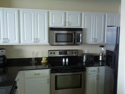 Full size kitchen with upgraded appliances