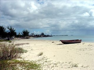 Grand Bahama Island cottage photo - Westward view down the empty beach in front of Eden Cottage