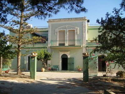 Two rooms in the countryside between Marzamemi and the Oasis of Vendicari.