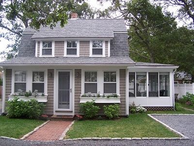 Like New Stunning 4 bedroom Cape Cod Beach House