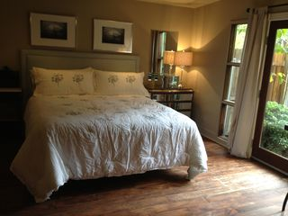 Pasadena studio photo - King size bed.