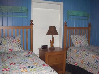 Elbow Cay and Hope Town house photo - Twin bedroom