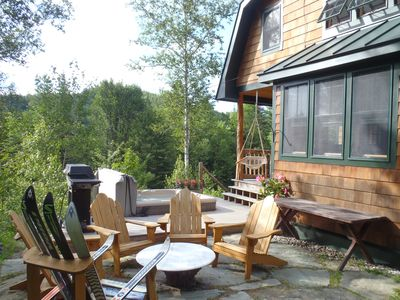 Granville cabin rental - Patio dining area
