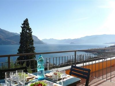 Le Vele Terrazzo ~ Beautiful lake views from the terrace
