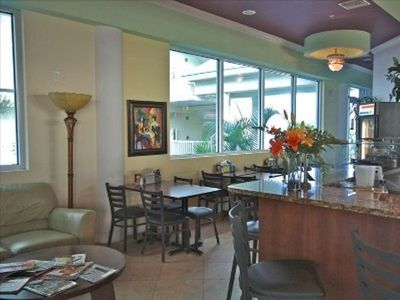 Treasure Island condo rental - On-Site Cafe - for Guests