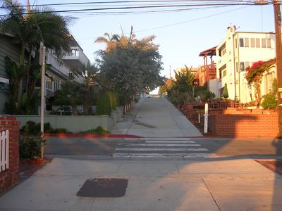 Your Just 1 Block To Downtown Manhattan Beach.