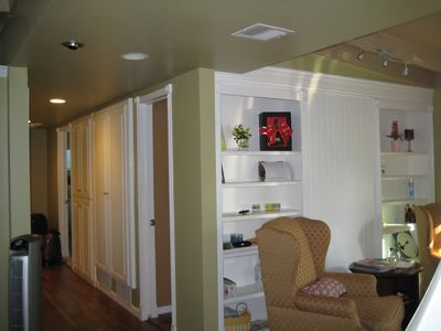 Tustin house rental - Hallway with ample storage