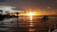 Relax in the center of Key Largo at Conch Life Haven 2 bdr Apt w/parking...
