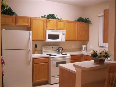 Regal Palms townhome rental - Fully equipped kitchen