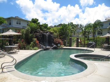 Plantation's Pool and Spa