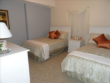 2 Full size double beds